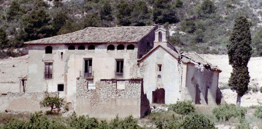 Antiga vista de l'ermita de Santa Magdalena de baix de Móra d'Ebre