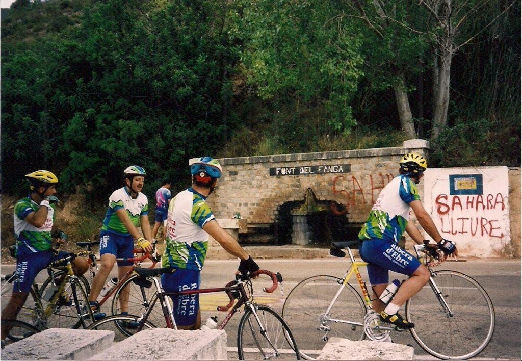 Penya Ciclista Ribera d'Ebre sortida de l'any 2000, font del fangar.